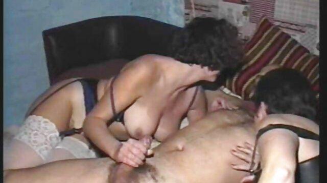 Mila Fox conoció tetonaslesbianas a Randy Driver