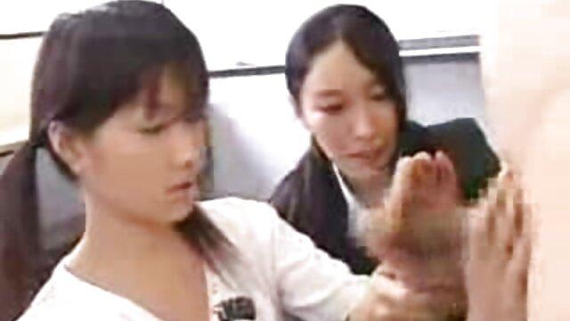 Junna Hara disfruta xxx lesvinas de la carne joven - Más en Japanesemamas.com