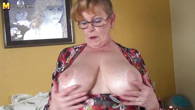 Preciosa rubia follada lesbianas teniendo orgasmos duro