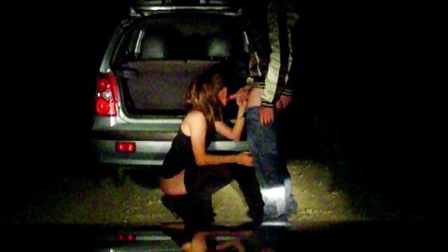 Travieso kitty lesbianas haciendo la tijerita - parte 2