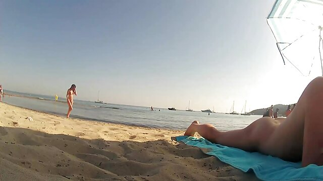 Diosa checa Angel Wicky ver videos de lesbianas teniendo sexo recibe creampie