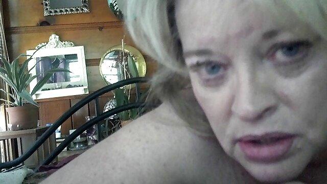 La tetona videos lesbianas maduras gratis alison se la follan duro