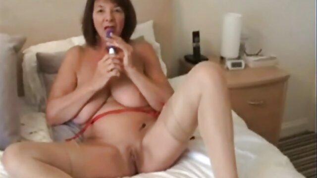 Estoy totalmente indefenso mientras estoy esposado y amordazado JOI porno lesbico asiatico