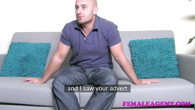 Follando a la sexy amante con un consolador y ella se x videos de lesvianas corre