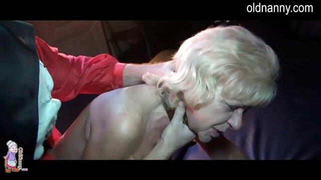 CREMA lesbianas chupandose los pies DE SOPHIA