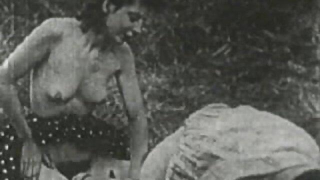 Chica rubia es follada después de un videos de lesbianas teniendo relaciones oral caliente
