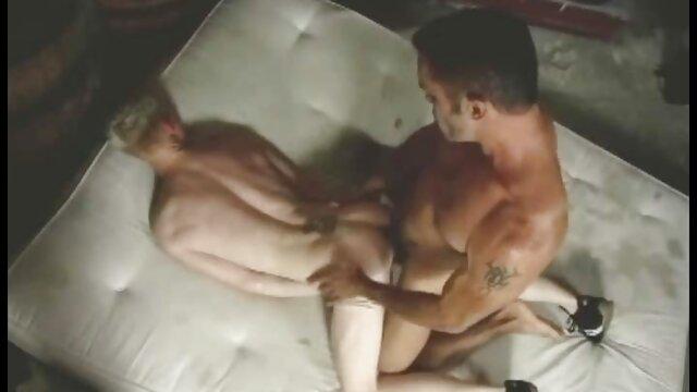 FirstClassPOV - Jaclyn Taylor chupando una gran lesbianas follando con strapon polla, grandes tetas