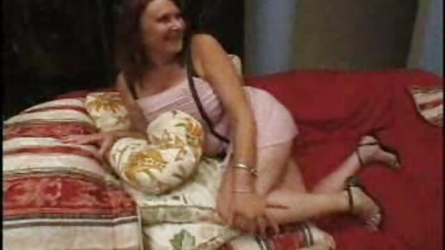 Morena muy sexy HairPlay, Cabello lesbianas hablando en español largo, Cabello