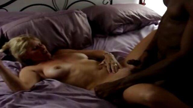 MIELES playboy lesbianas PELUDAS 18 ELIZABETH