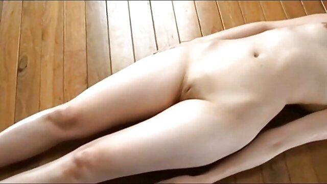Apolonia Lapiedra videos xxx de lesviana adora el sexo apasionado