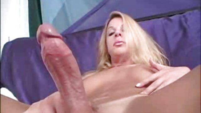 Kamilia hablando sucio con coño apretado y culo petardas hd lesbianas gordo