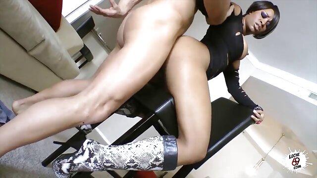 Orgasmo a lesbianas haciendo la tijerita presión de aire, coño mojado