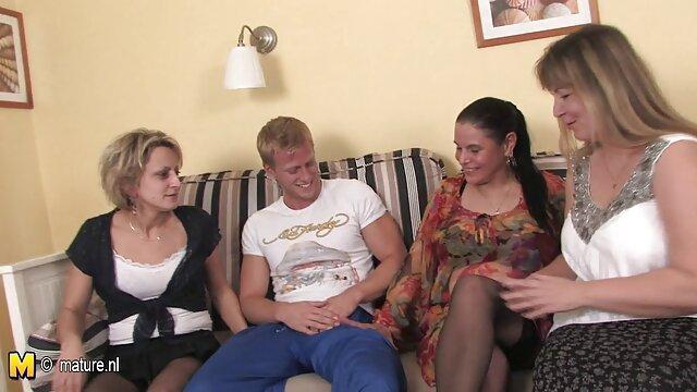 Tímida adolescente lesbianas amateur xxx noruega follada en casa
