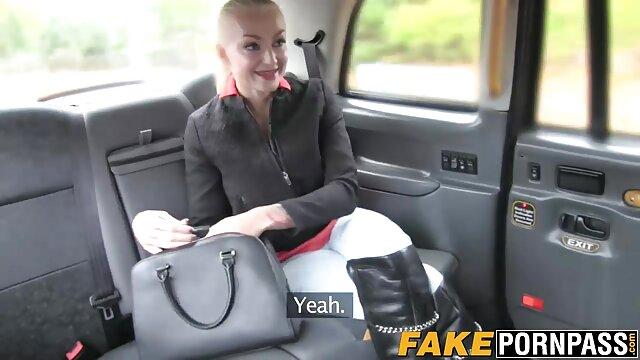 Gagica lu PORO lesbianas desnudas de pe youtube