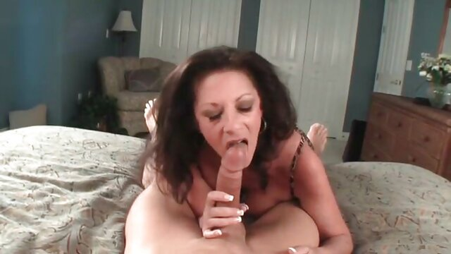 Cory Chase y Dee Williams finalmente tienen sexo lésbico pornolesbianas