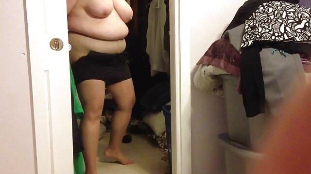 chico afortunado videos xxx trios lesbianas se folla a dos putas de diferentes tamaños