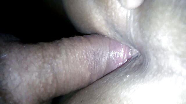 Dane Jones Serbio rubia cachonda en lencería blanca sexy xxx lesbinas