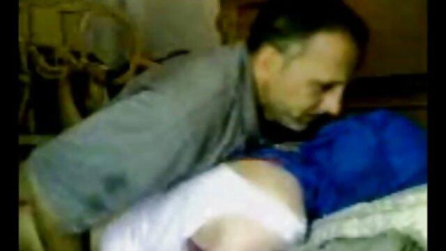 Adolescente Joseline Kelly bombeada brutalmente videos xxx lesbianas en español en la parte trasera de una camioneta