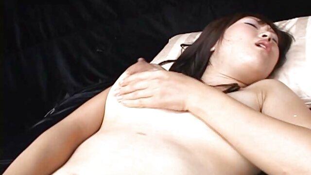 consolador lesbianas acariciandose chupando esclavitud.