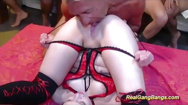 SLAM US lesbianas follando tijeras - Chicas sexys van para gang bang anal