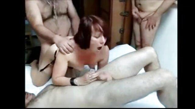 entrenamiento feedee lesbianas con medias